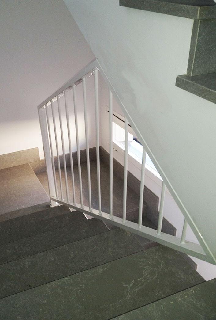 Escaleras y barandillas de escalera trabajos - Escaleras y barandillas ...
